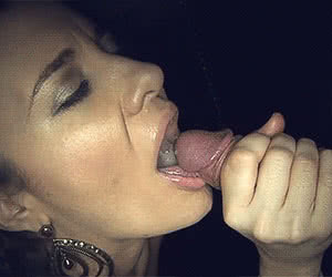Category: cum in mouth animated GIFs