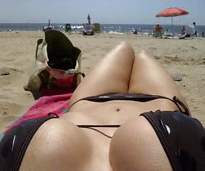 Related gallery: bitch-at-beach (click to enlarge)